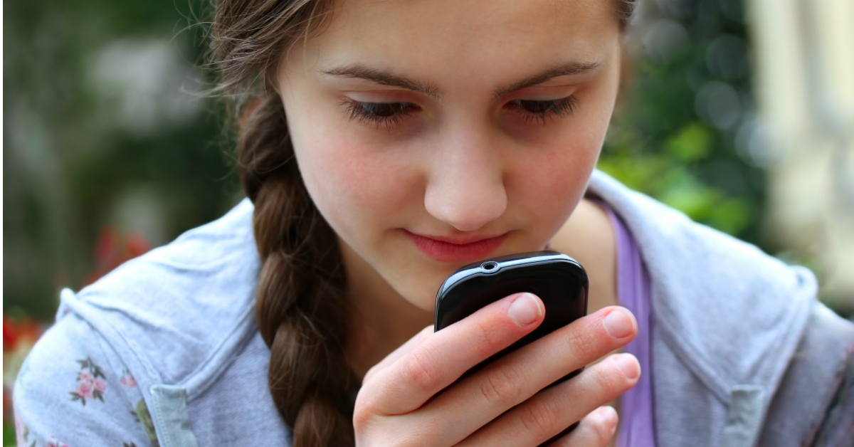Asking Advisors: Should Parents Have Access To Their Teens Phone?